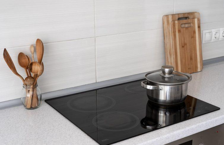 Plaques de cuisson au gaz, électrique, à convection… Comment choisir ?